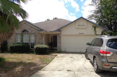 Jacksonville Single Family Home For Sale: 12406 Eagles Claw Ln