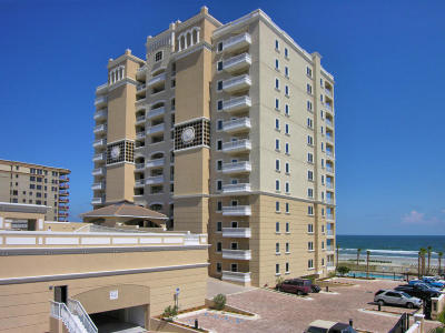 Jacksonville Beach Condo For Sale: 1201 1st St N #401