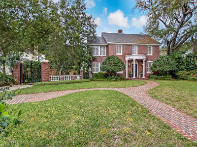 Jacksonville Single Family Home For Sale: 723 Alhambra Dr N