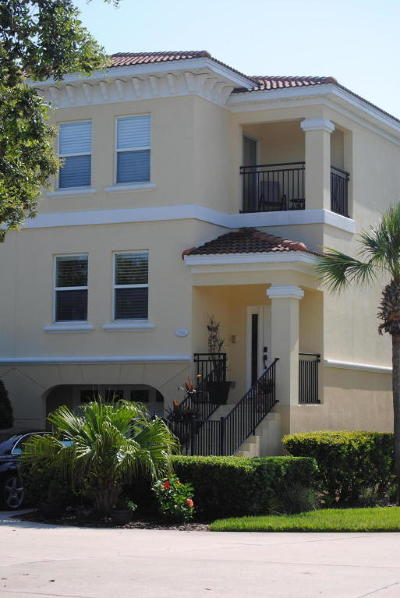Townhouse For Sale: 1702 Windjammer Ln