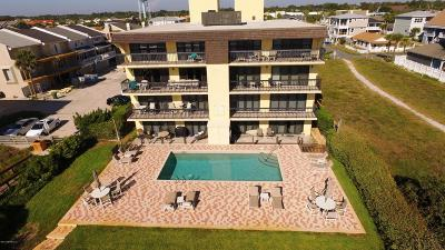 Jacksonville Beach Condo For Sale: 1951 South Ocean Dr #2B