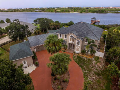 Single Family Home For Sale: 1700 Lambert Ave