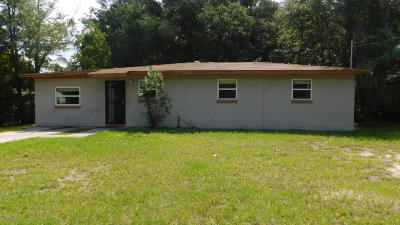 Jacksonville Single Family Home For Sale: 2311 Miss Muffet Ln West