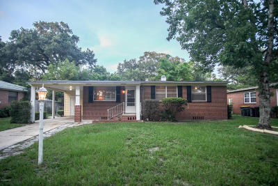 Jacksonville Single Family Home For Sale: 1743 Shadowood Ln