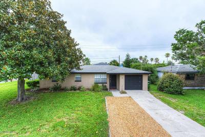 Jacksonville Beach Single Family Home For Sale: 37 Sandra Dr