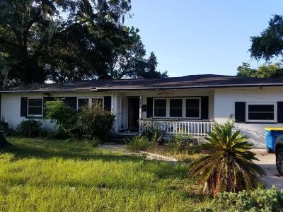 Duval County Single Family Home For Sale: 8419 North Lostara Ave