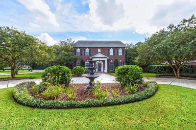 Jacksonville Single Family Home For Sale: 1055 Chandler Oaks Dr