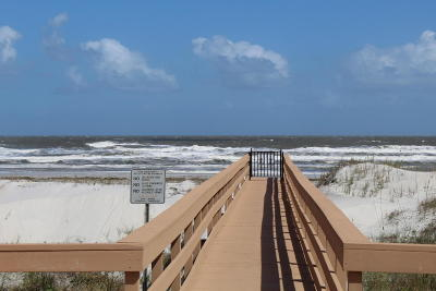 St Augustine Townhouse For Sale: 826 A1a Beach Blvd #3