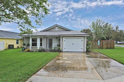 Jacksonville Beach FL Single Family Home For Sale: $425,000