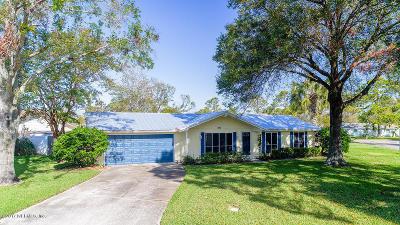 Atlantic Beach Single Family Home For Sale: 411 Helmsman Ln