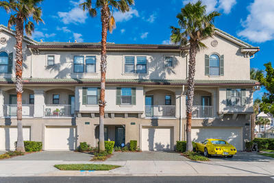 Jacksonville Beach Condo For Sale: 905 2nd St N #B