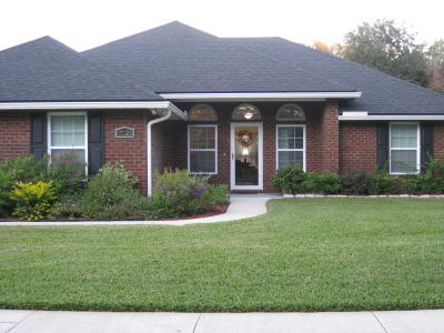 Yulee FL Single Family Home For Sale: $235,000