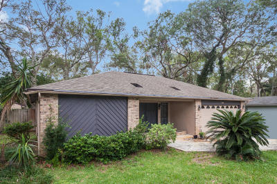 St Augustine Single Family Home For Sale: 160 Hawthorne Rd