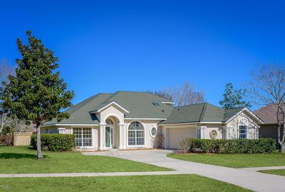 Single Family Home For Sale: 120 Adela St