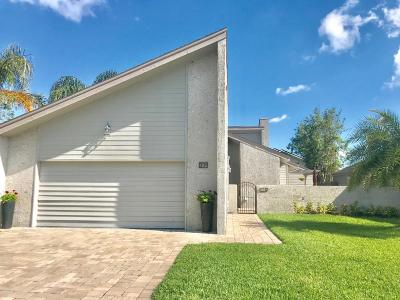 Ponte Vedra Single Family Home For Sale: 102 Lake Julia Dr N
