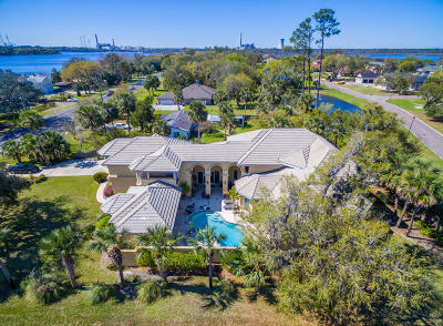 Jacksonville Single Family Home For Sale: 5611 Heckscher Dr