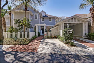 Atlantic Beach, Neptune Beach, Jacksonville Beach, Ponte Vedra Beach, Fernandina Beach Townhouse For Sale: 21 Little Dunes Cir