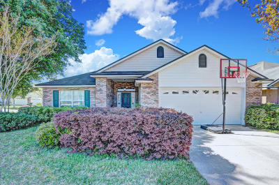 Jacksonville, St Johns Single Family Home For Sale: 4401 N Pennycress Pl