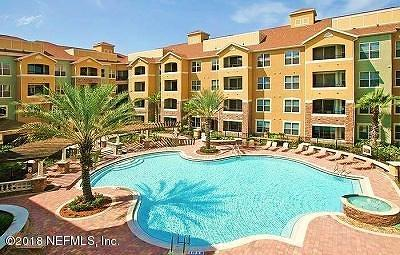 Jacksonville Condo For Sale: 8539 Gate Pkwy W #9219