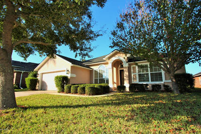 Single Family Home For Sale: 13841 Harbor Pl