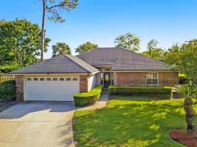 Jacksonville Beach Single Family Home For Sale: 3588 Heron Dr S