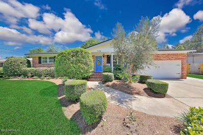Jacksonville Single Family Home For Sale: 7726 Cayman Rd