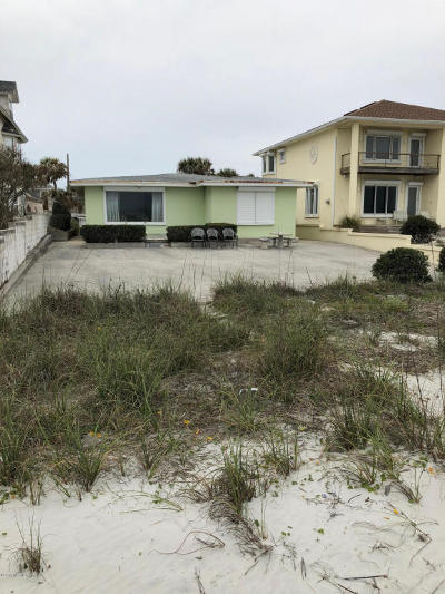 Atlantic Beach, Jacksonville Beach, Neptune Beach Single Family Home For Sale: 3211 Ocean Dr S