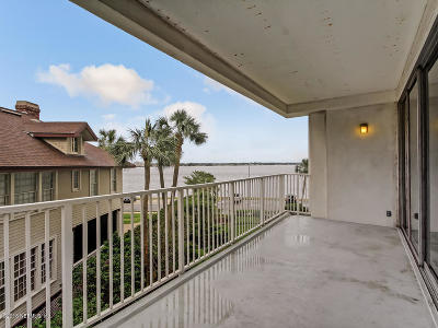 Duval County Condo For Sale: 1560 Lancaster Ter #306