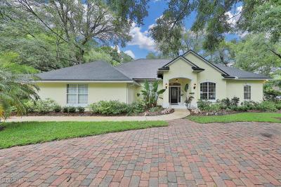 Jacksonville Single Family Home For Sale: 639 Queens Harbor Blvd