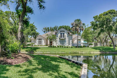 St. Johns County Single Family Home For Sale: 208 Gnarled Oaks Dr