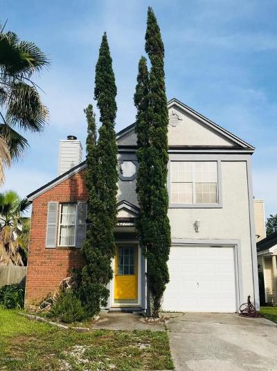 Single Family Home For Sale: 627 Staffordshire Dr E