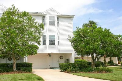 Townhouse For Sale: 3319 Lighthouse Point Ln