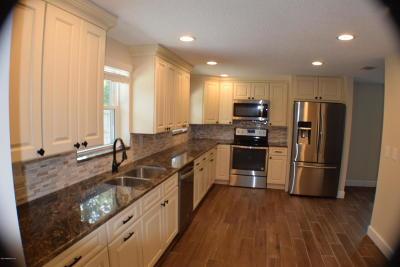 Jacksonville Beach Single Family Home For Sale: 2603 America Ave