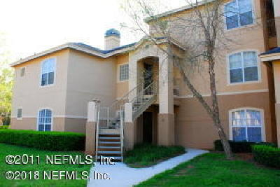 Jacksonville Beach Condo For Sale: 1701 The Greens Way #913