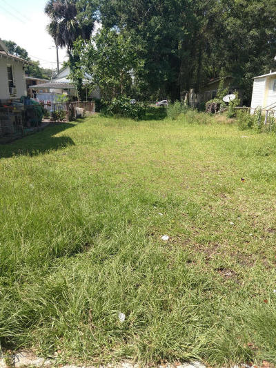 Residential Lots & Land For Sale: 1493 Grothe St