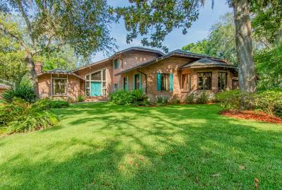 St Augustine Single Family Home For Sale: 700 Camelia Trl