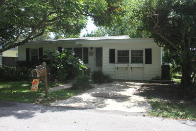 St. Johns County Single Family Home For Sale: 30 Poinciana Ave