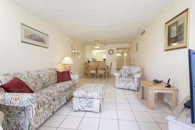 St Augustine Condo For Sale: 4 Ocean Trace Rd #111