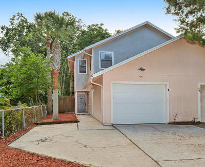 Atlantic Beach Townhouse For Sale: 124 Magnolia St
