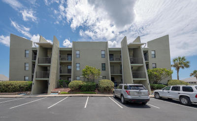 St. Johns County Condo For Sale: 620 A1a Beach Blvd #4