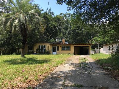 Duval County Single Family Home For Sale: 5011 Sharon Ter