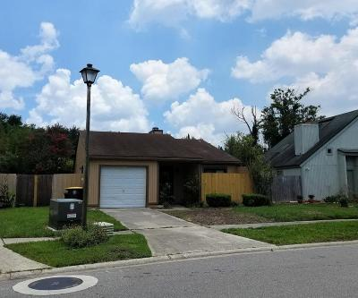 Jacksonville Single Family Home For Sale: 6633 Periwinkle Dr