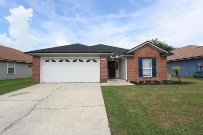 Single Family Home For Sale: 11214 Bentley Trace Ln E