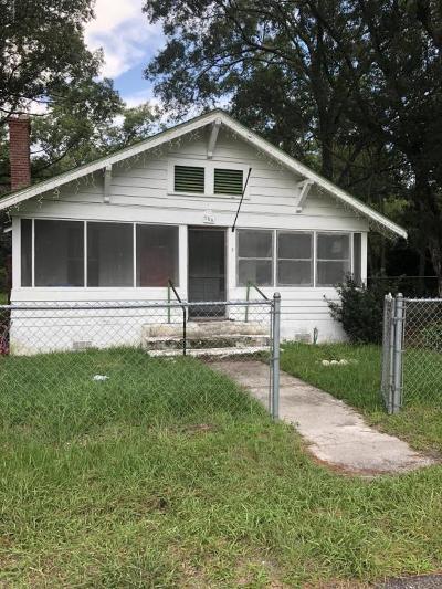Starke Single Family Home For Sale: 555 W Weldon St