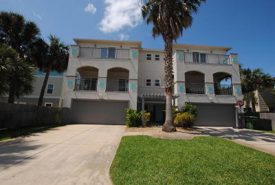 Jacksonville Beach Condo For Sale: 214 6th Ave S #C