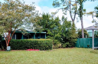Single Family Home For Sale: 1718 South Beach Pkwy