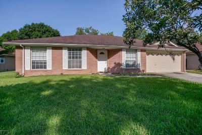 Single Family Home For Sale: 3250 Bridgecove Cir E