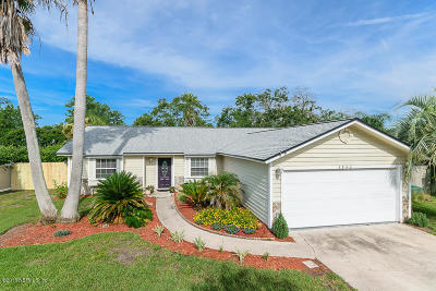 Jacksonville Beach Single Family Home For Sale: 3942 Demery Dr E