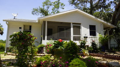 St. Johns County Single Family Home For Sale: 17 Oak St