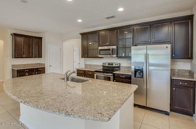 Orange Park Single Family Home For Sale: 974 Prairie Dunes Ct